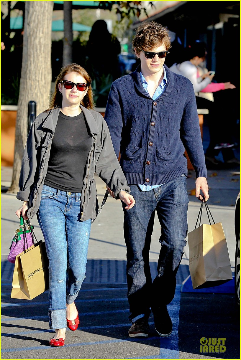 emma roberts evan peters black friday shopping couple 062763076
