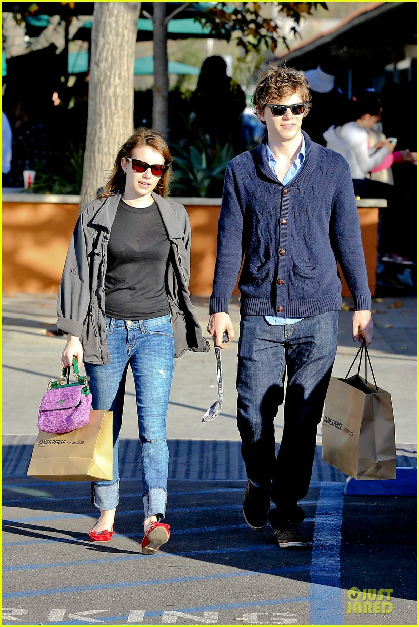 emma roberts evan peters black friday shopping couple 082763078