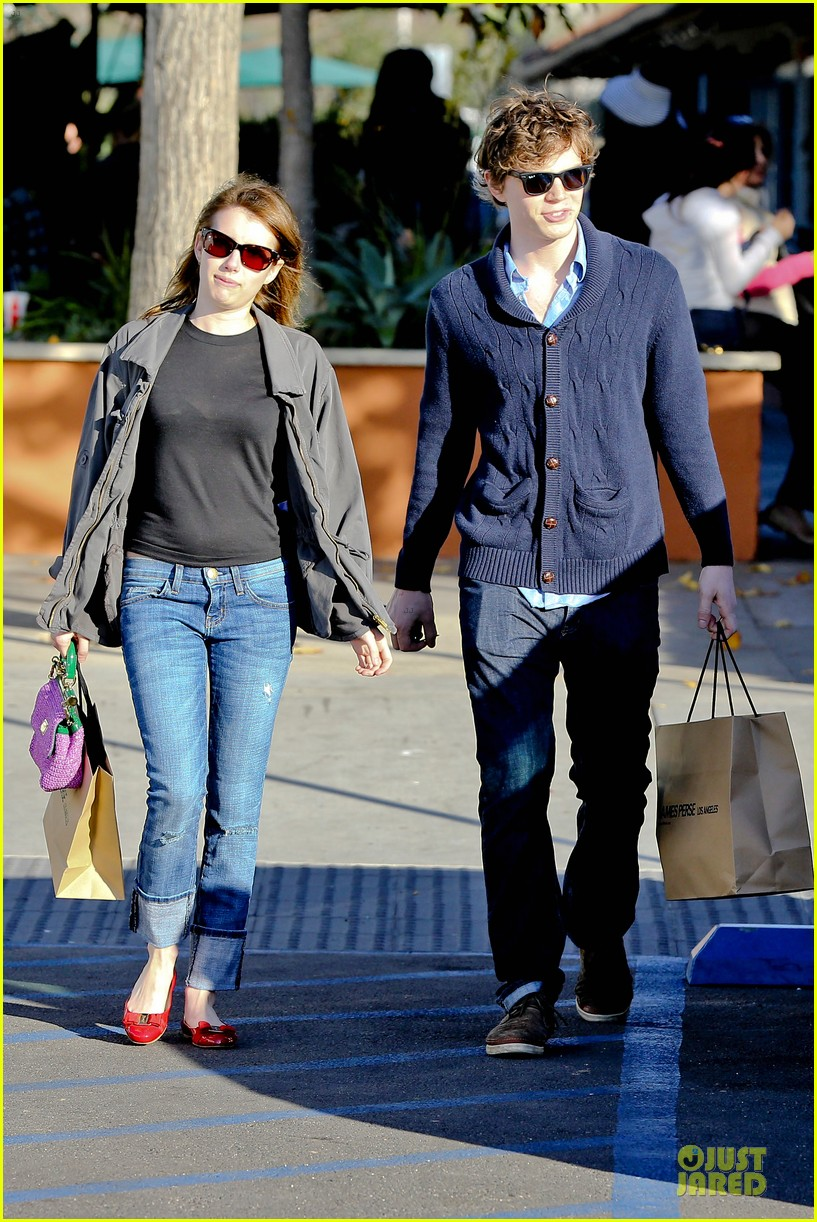 emma roberts evan peters black friday shopping couple 102763080
