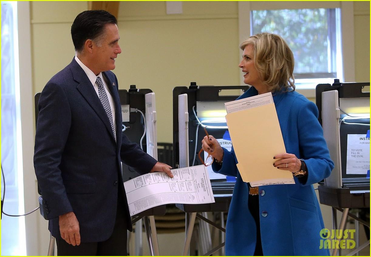 mitt romney votes for presidency in massachusetts pics 132751889
