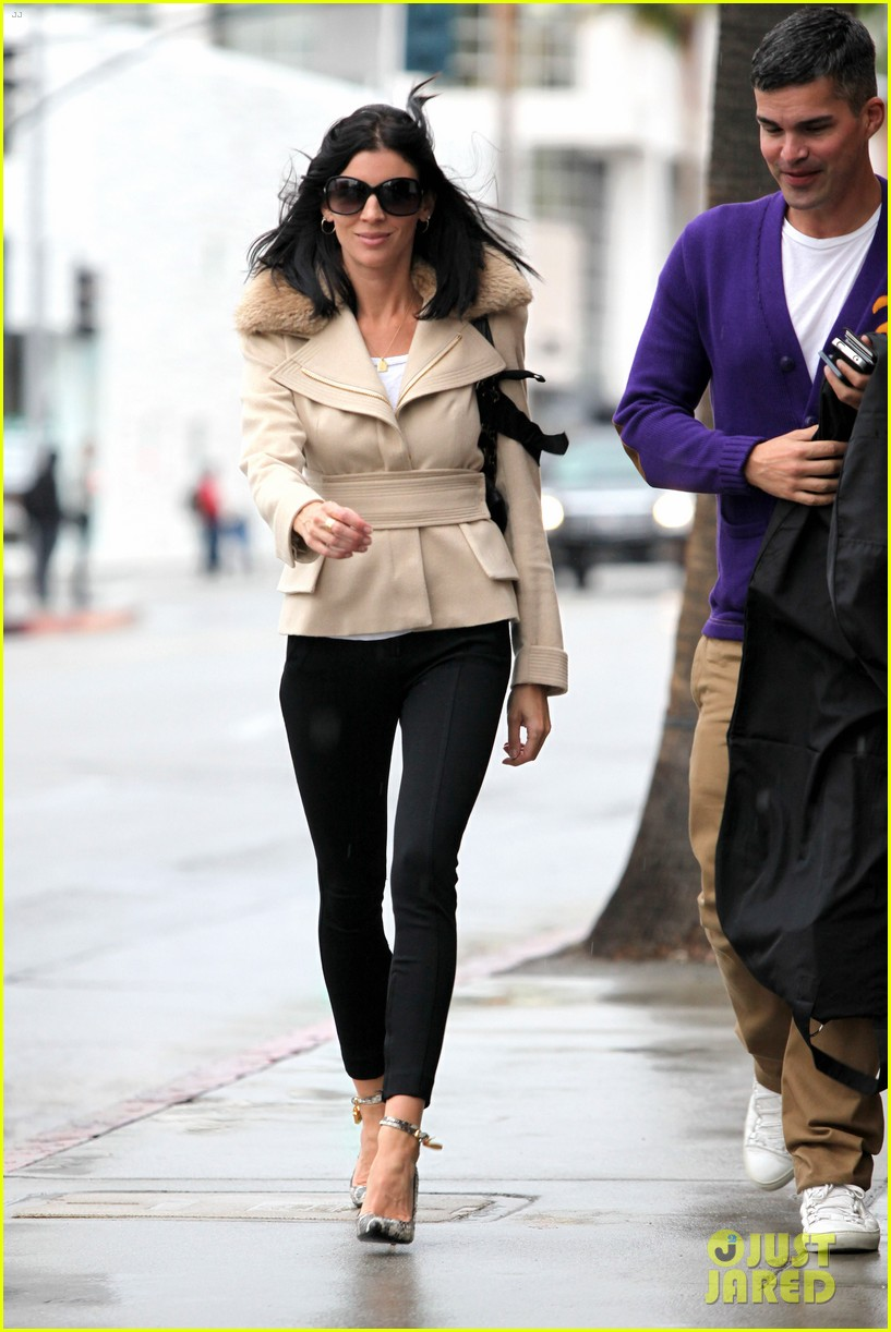 liberty ross retail therapy in beverly hills 122753867