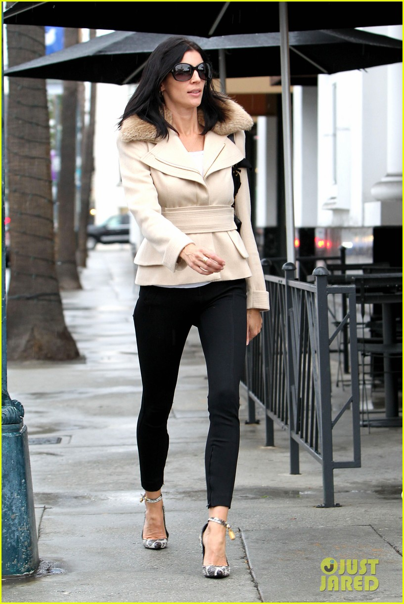 liberty ross retail therapy in beverly hills 132753868