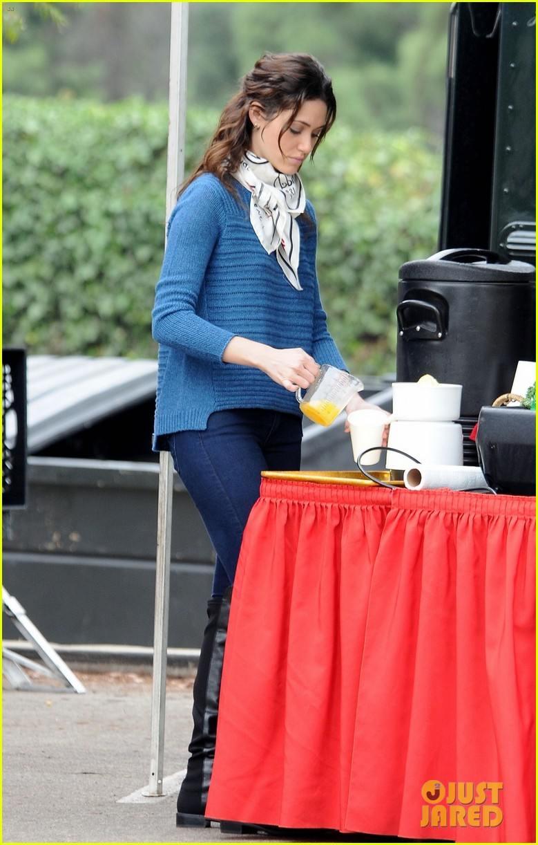 emmy rossum thanksgiving scene for youre not you 052759860