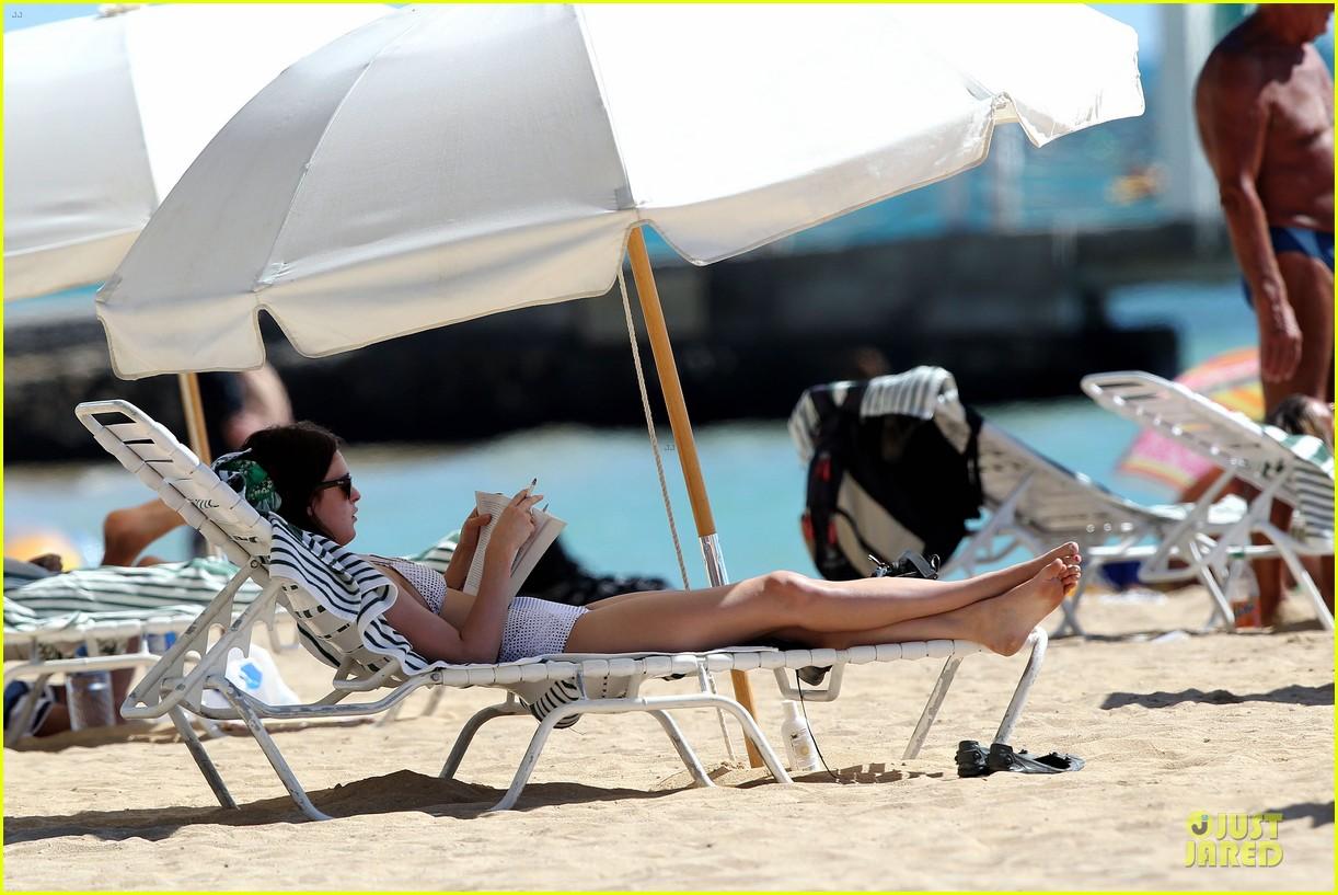 rumer willis hawaiian bikini beauty 302750345
