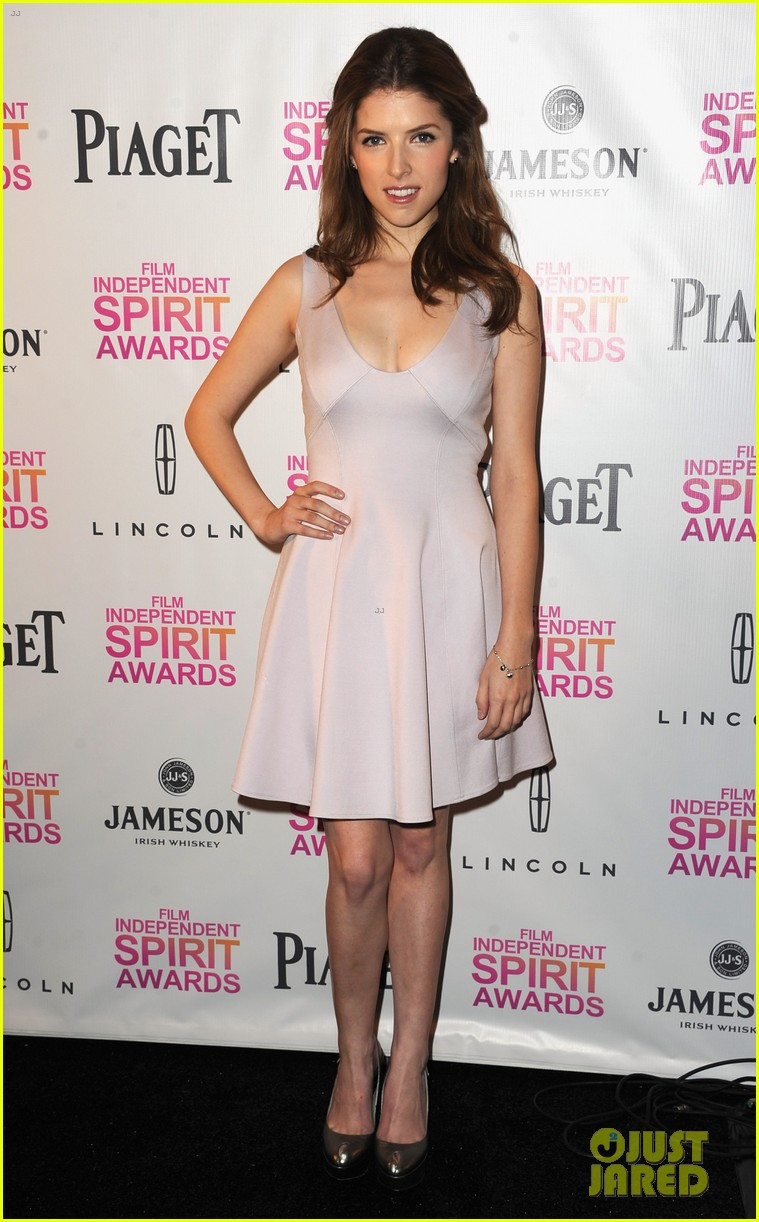 zoe saldana anna kendrick announce spirit awards nominations 2013 05
