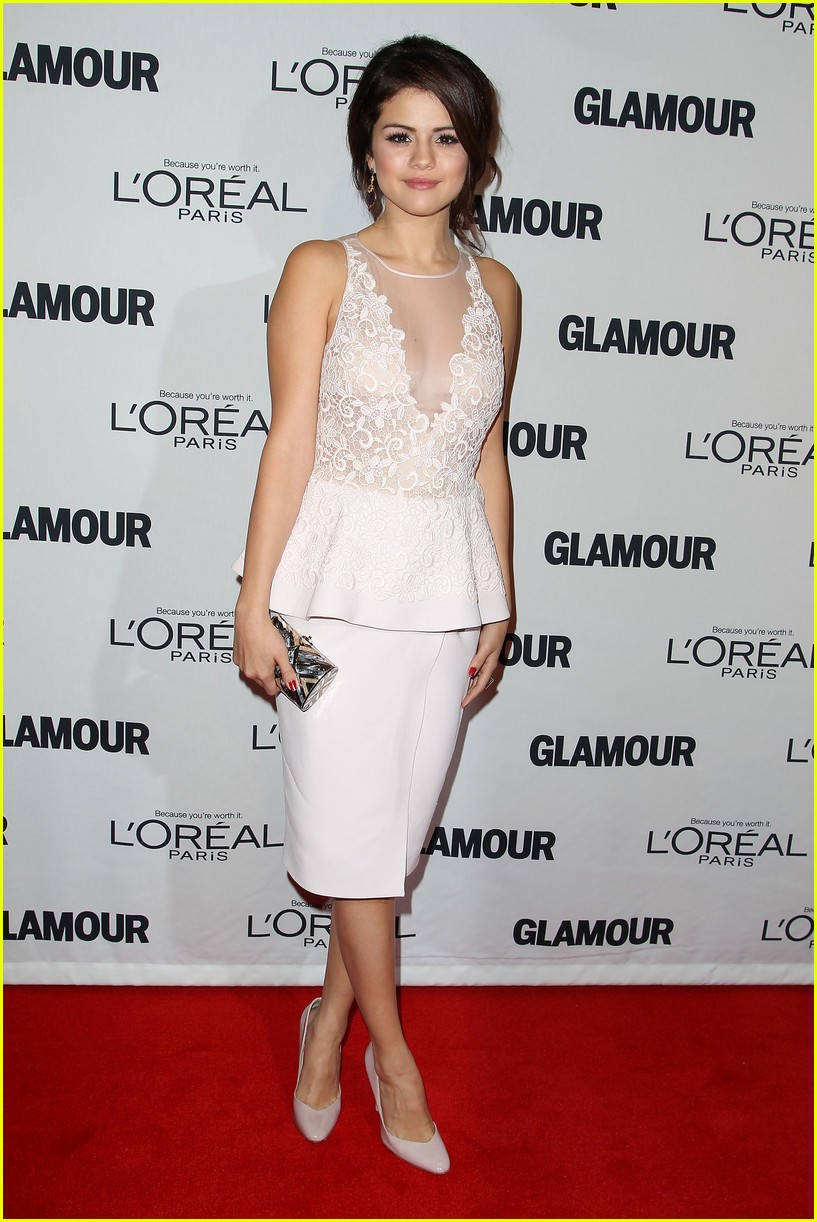 selena gomez glamour women of the year awards 092756153