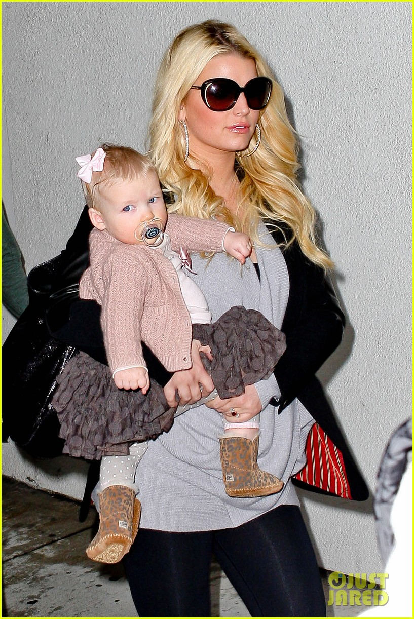 jessica simpson first post pregnancy rumor pics 02
