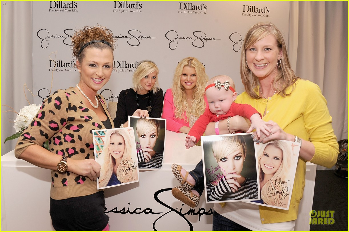 jessica simpson ashlee simpson jessica simpson collection promotion in florida 072759603
