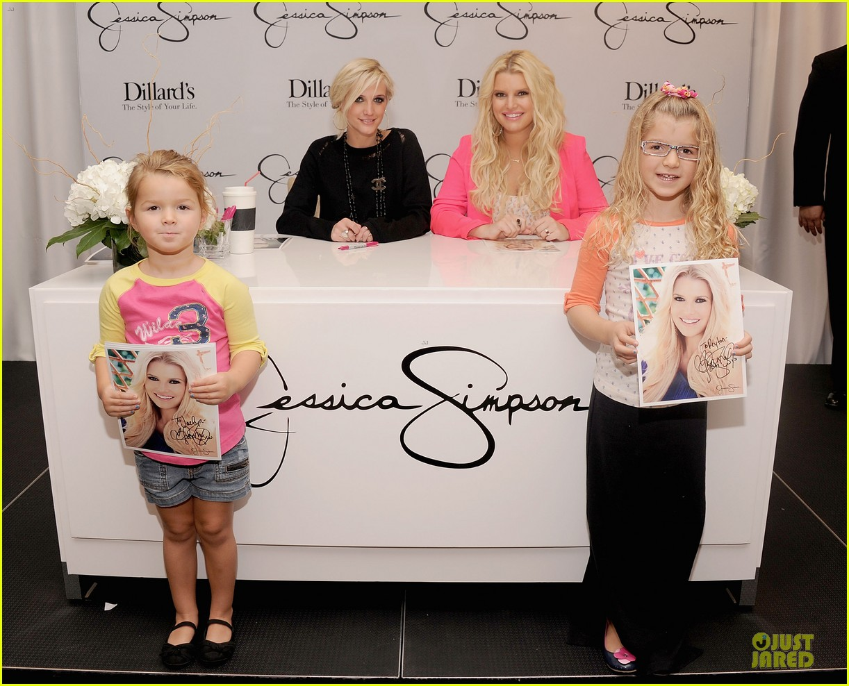 jessica simpson ashlee simpson jessica simpson collection promotion in florida 092759605