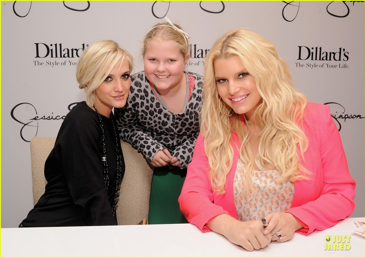 jessica simpson ashlee simpson jessica simpson collection promotion in florida 112759607