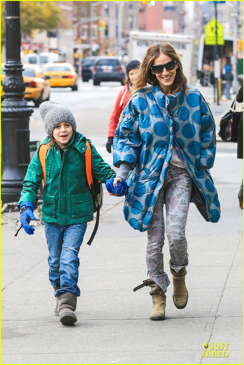 sarah jessica parker gives back to hurricane sandy victims 122760989