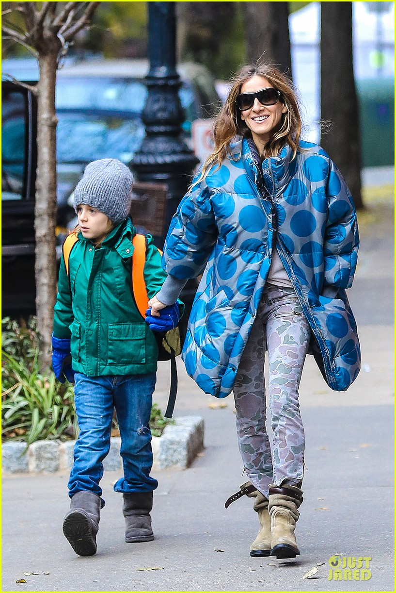 sarah jessica parker gives back to hurricane sandy victims 142760991