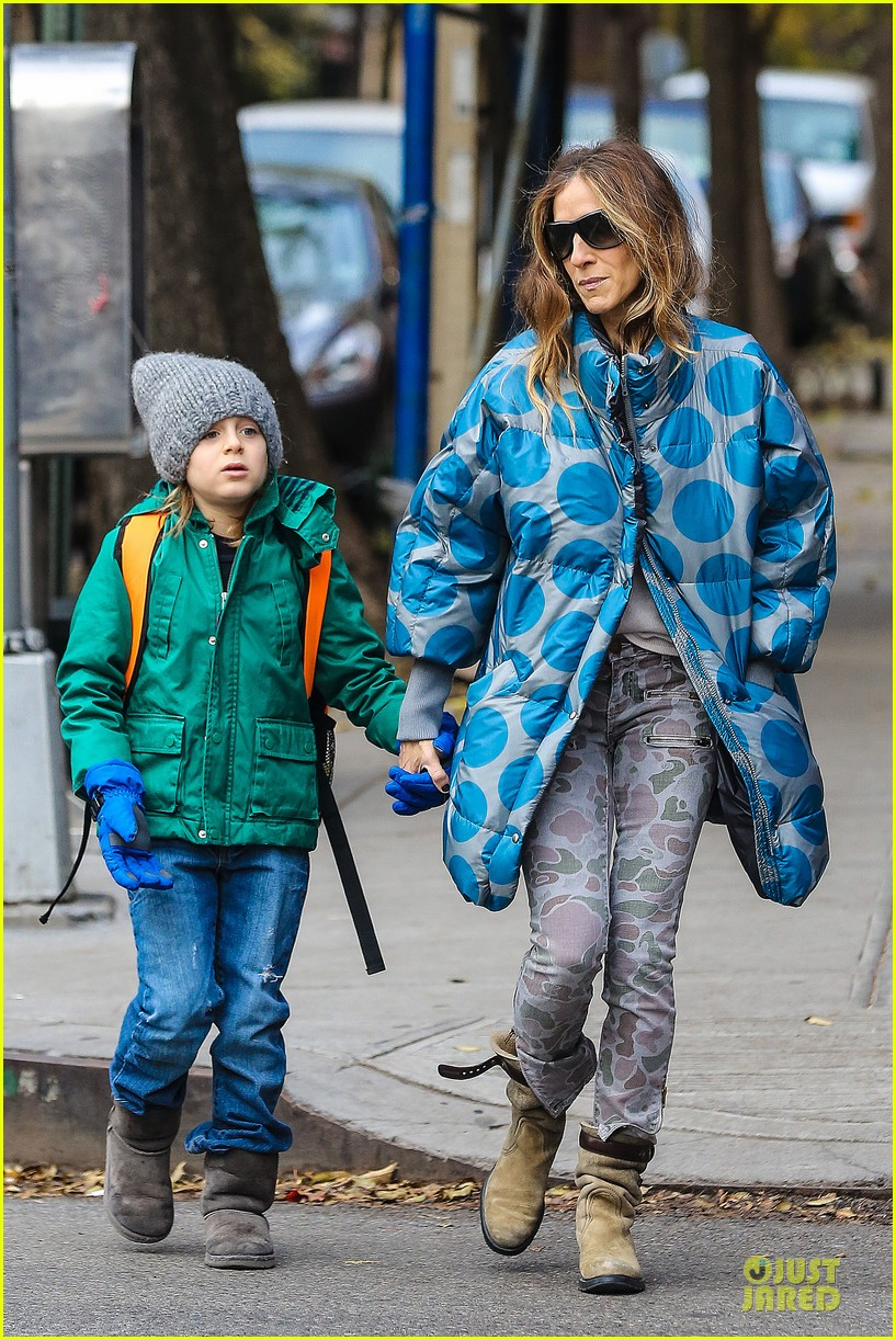 sarah jessica parker gives back to hurricane sandy victims 162760993