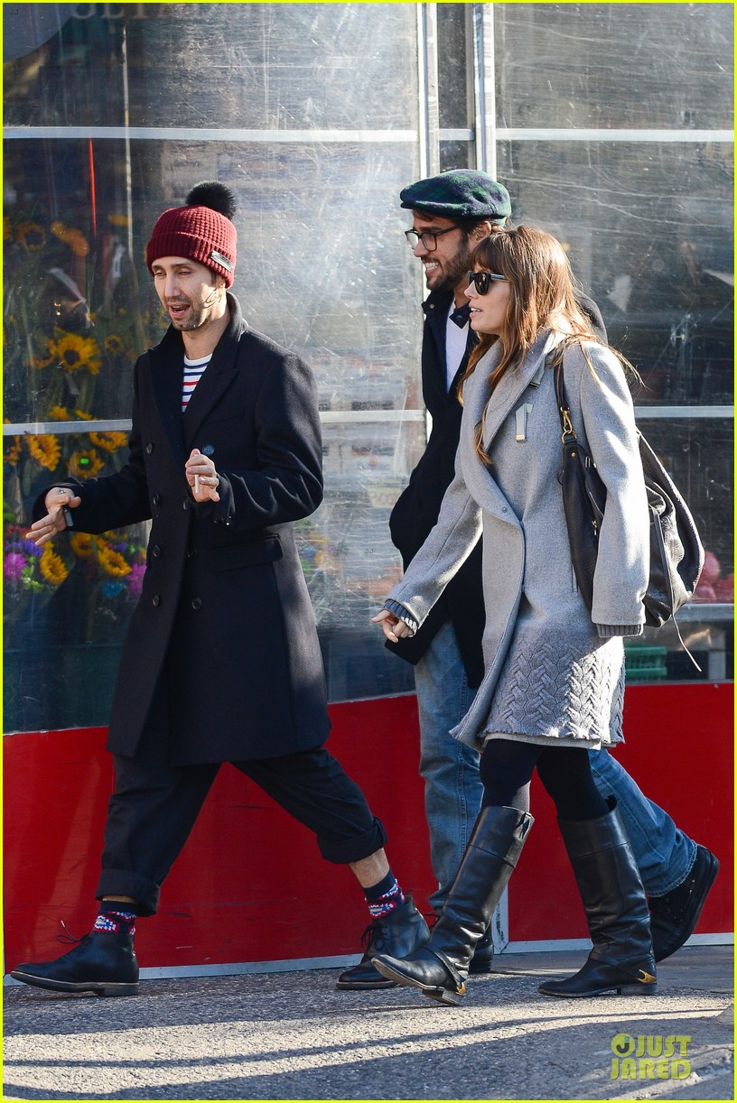 jessica biel post honeymoon smile in new york city 102754378