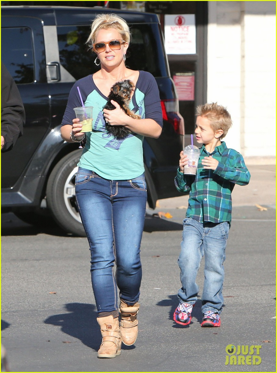 britney spears coffee bean with sean preston jayden james 282760662