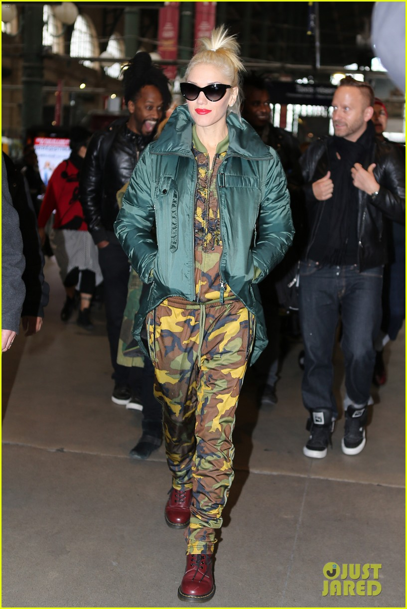 gwen stefani pretty paris 062751427
