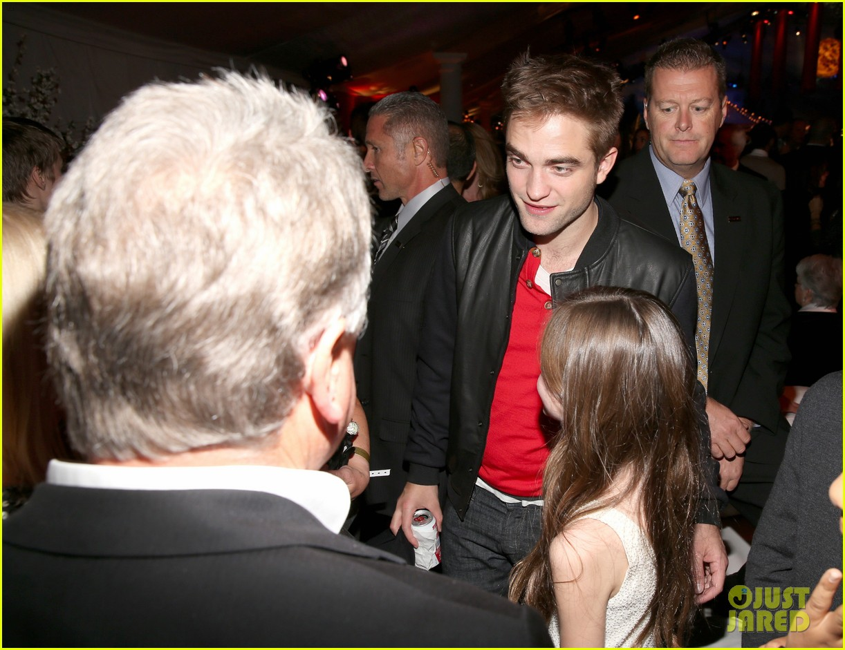 kristen stewart robert pattinson twilight saga breaking dawn part 2 premiere after party 11