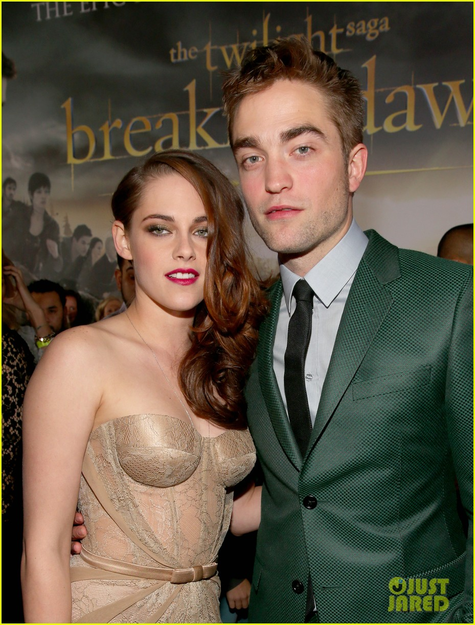 kristen stewart robert pattinson twilight breaking dawn part 2 premiere 012756225