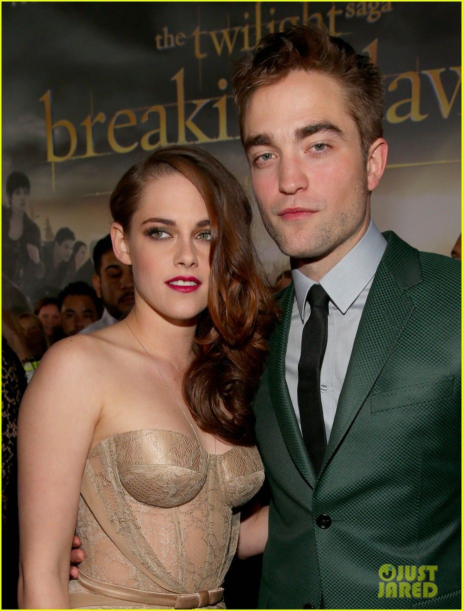 kristen stewart robert pattinson twilight breaking dawn part 2 premiere 112756235