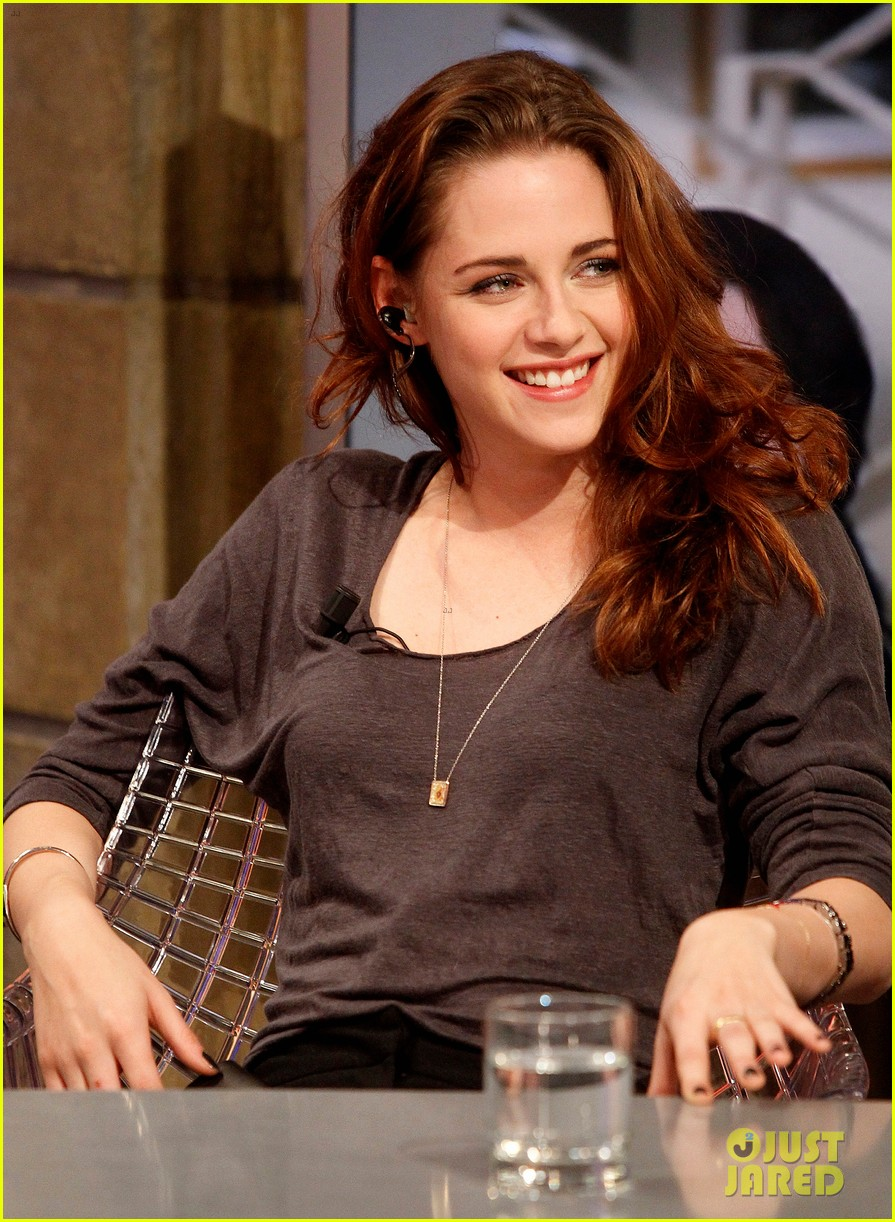 kristen stewart robert pattinson el hormiguero in spain 052758386