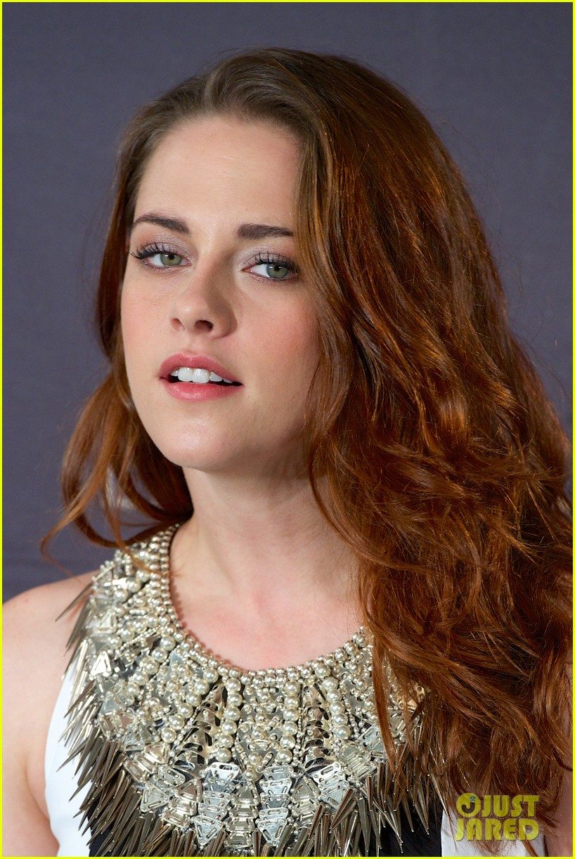 Are robert and kristen dating now 4