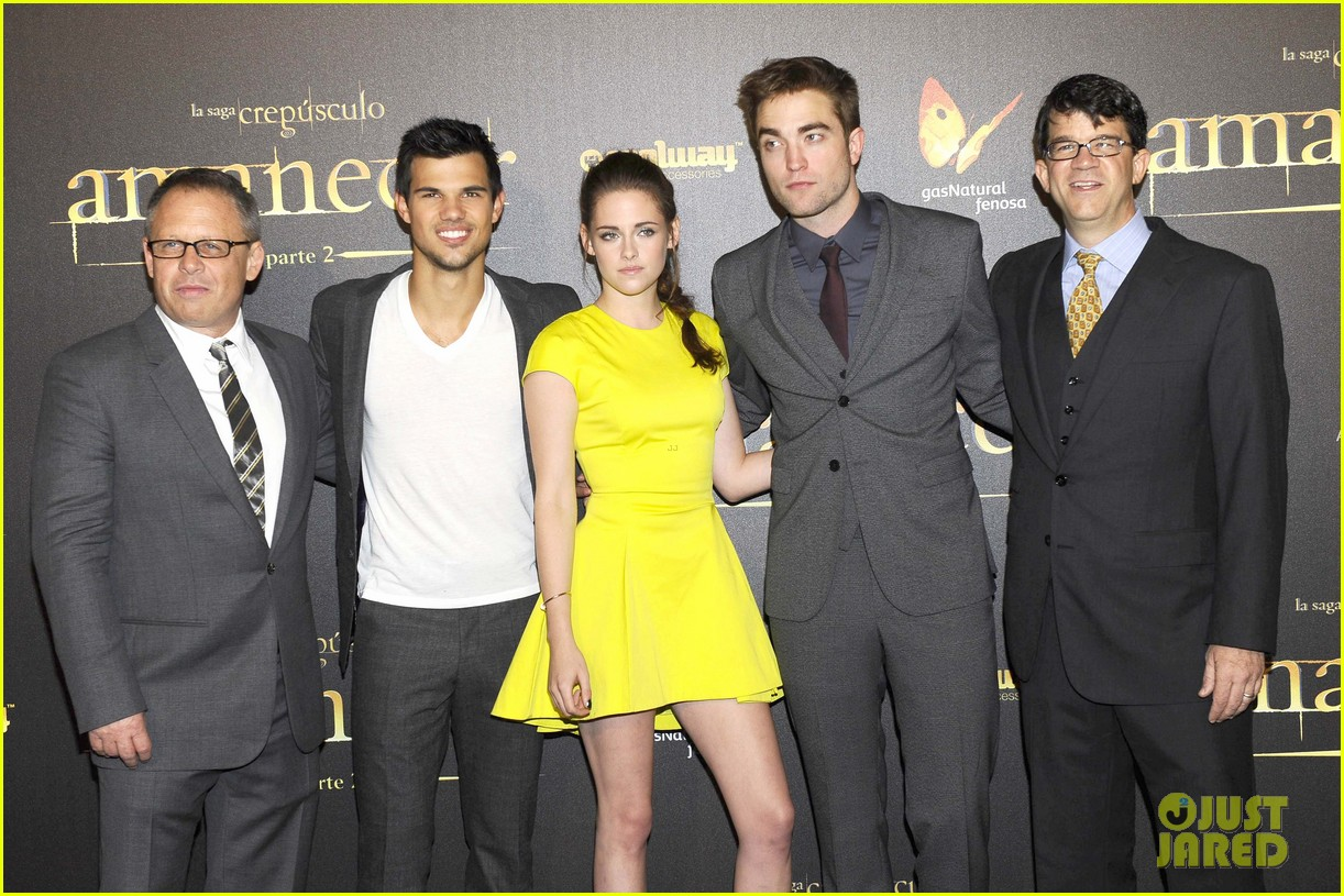 kristen stewart robert pattinson breaking dawn madrid premiere 062758319