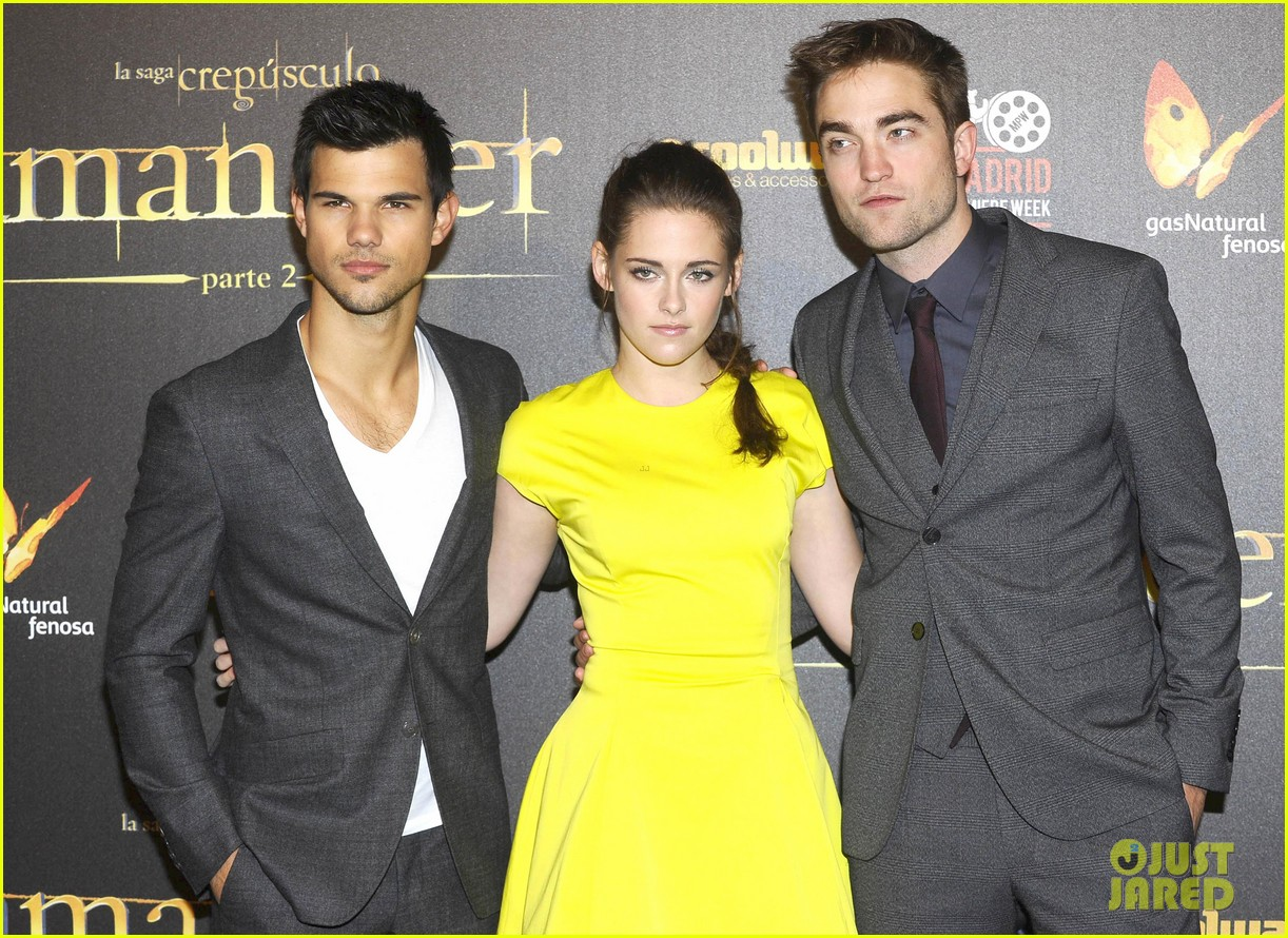 kristen stewart robert pattinson breaking dawn madrid premiere 082758321