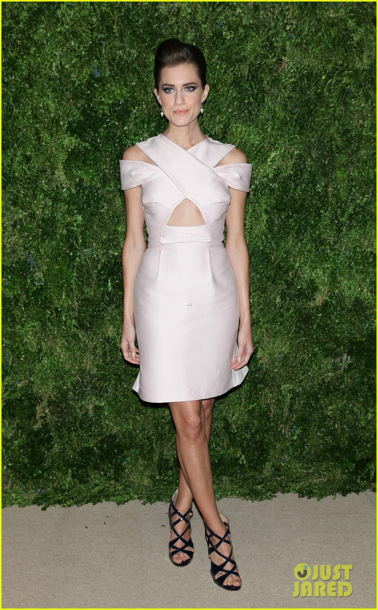 emma stone allison williams cfda vogue fashion fund awards 2012 162756892