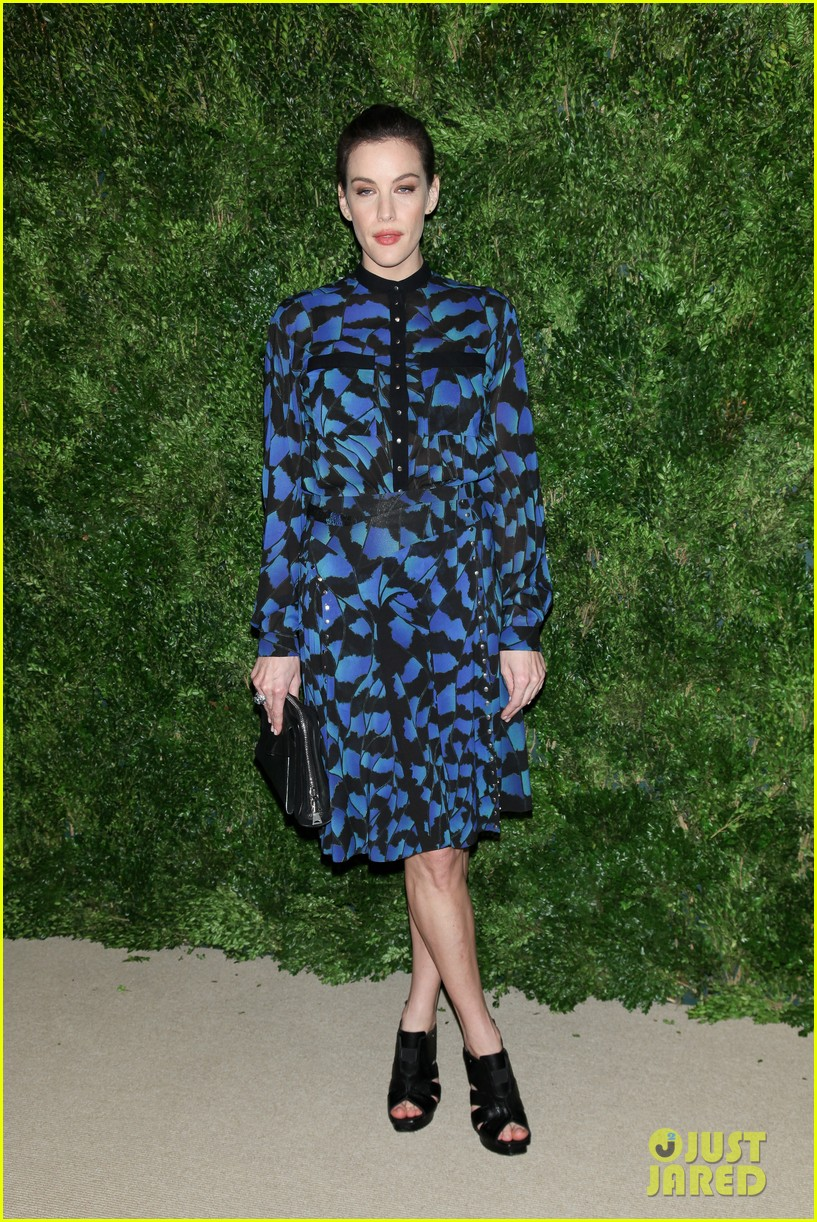 emma stone allison williams cfda vogue fashion fund awards 2012 182756894