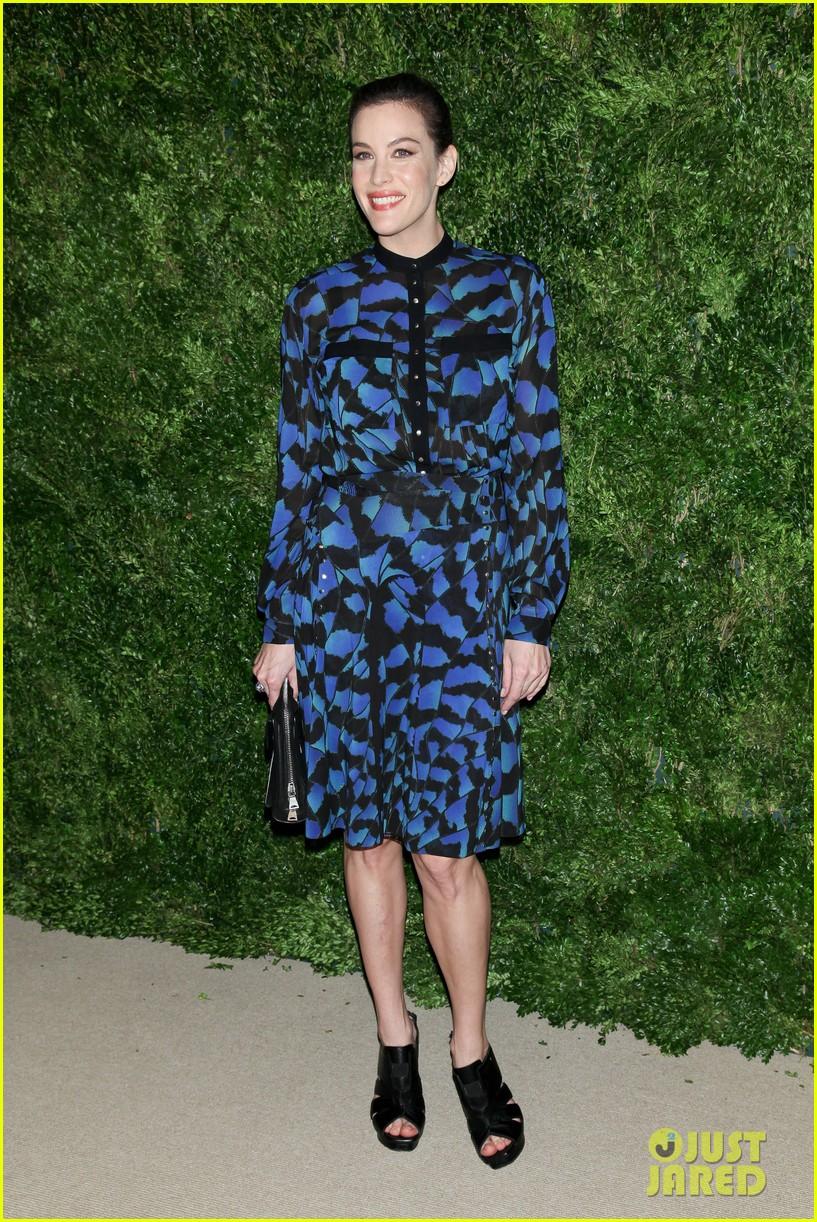 emma stone allison williams cfda vogue fashion fund awards 2012 202756896