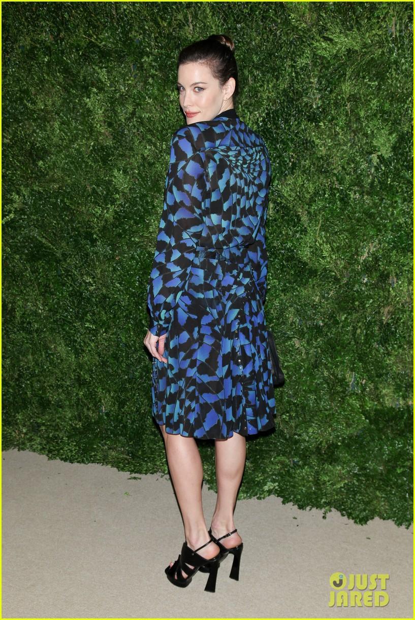 emma stone allison williams cfda vogue fashion fund awards 2012 212756897