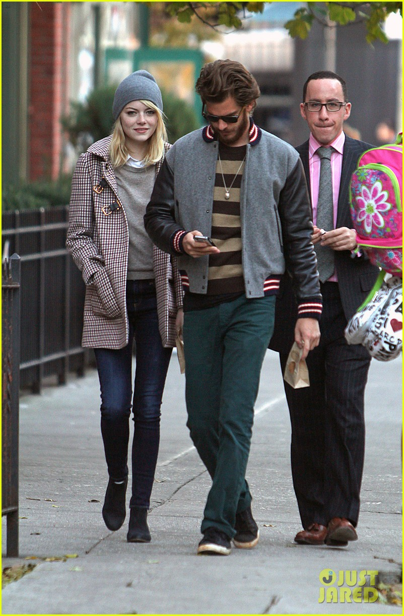 emma stone andrew garfield chelsea couple 052757716