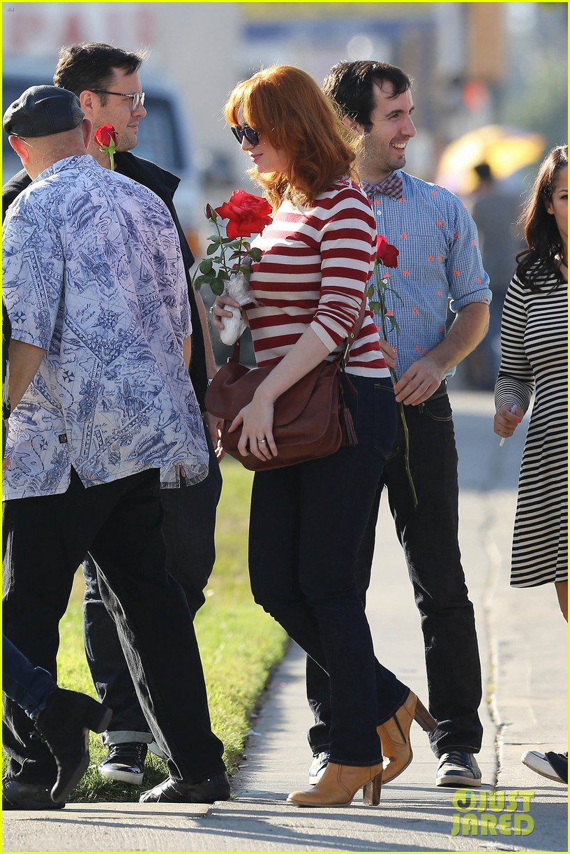 emma stone andrew garfield cemetary of the stars tour 122750686