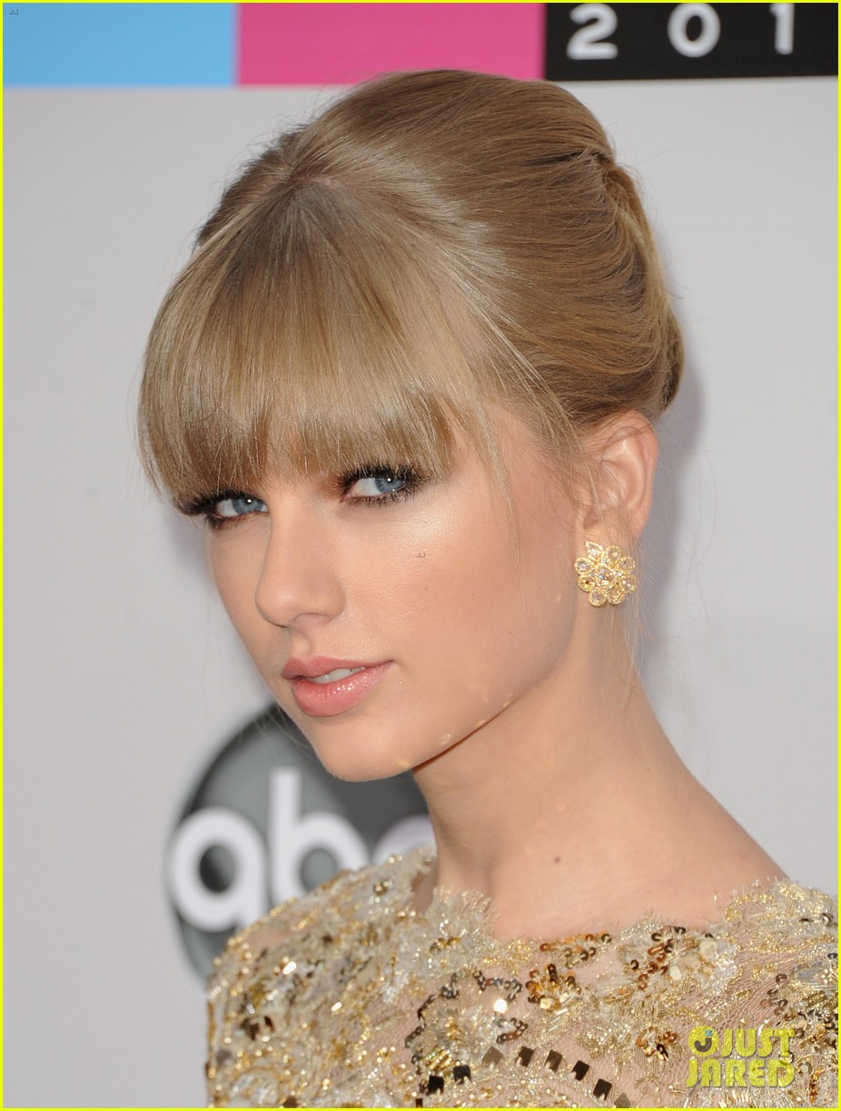 taylor swift amas 2012 red carpet 012760168