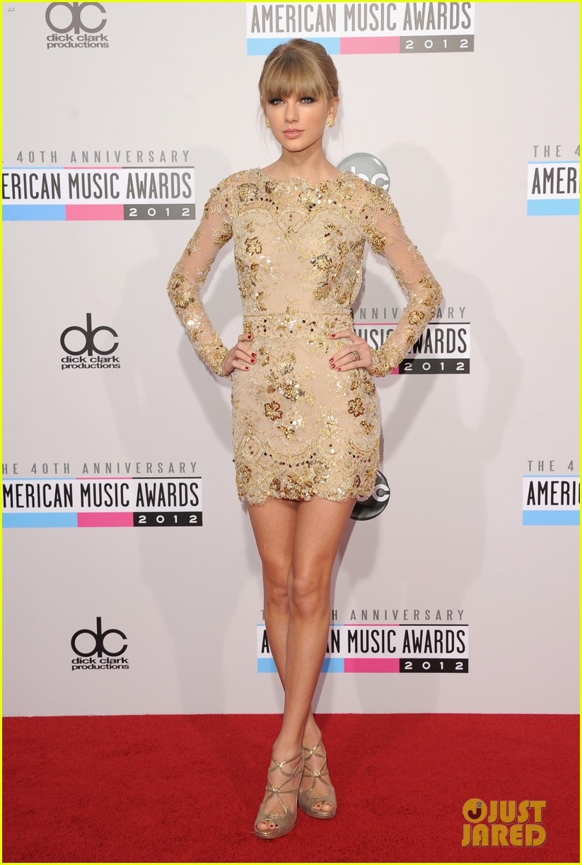 taylor swift amas 2012 red carpet 04