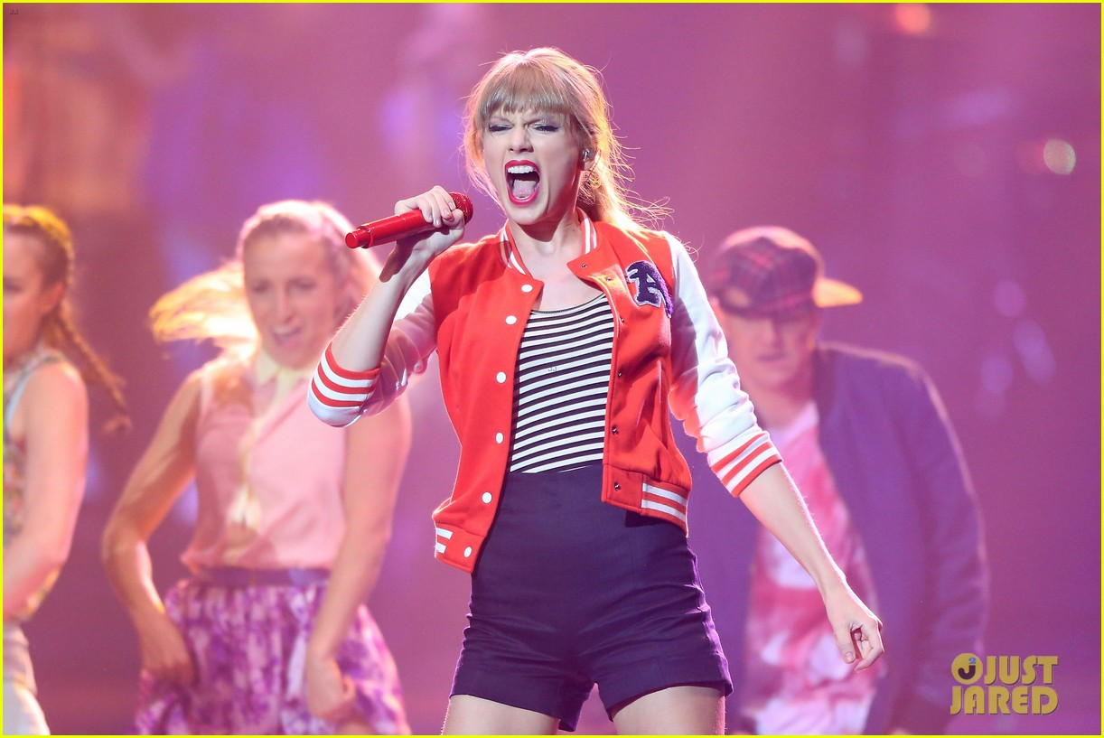 taylor swift i knew you were trouble at 2012 arias watch now 022765940