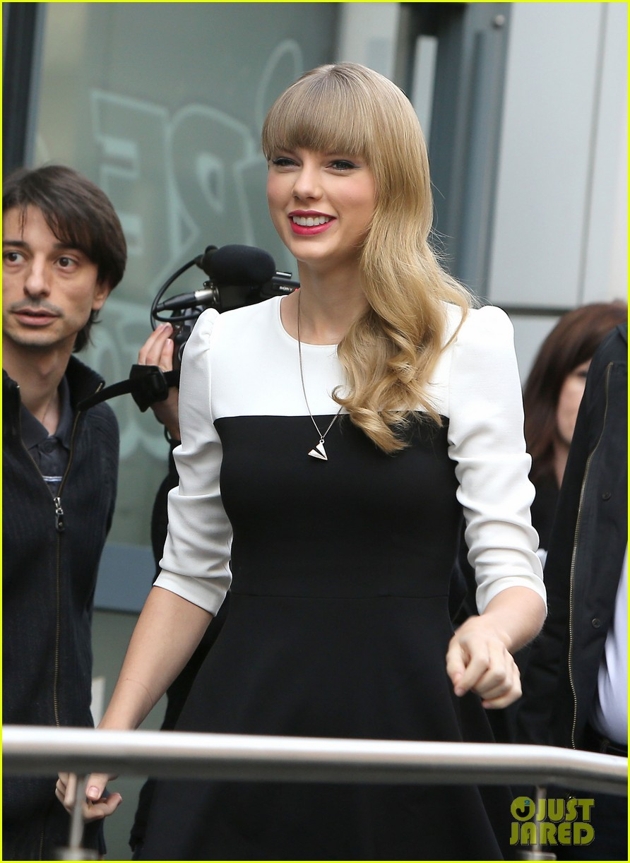 taylor swift nrj radio promo stop 142753567