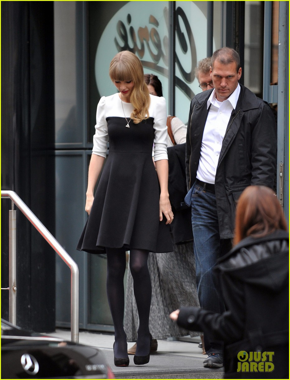 taylor swift nrj radio promo stop 222753575