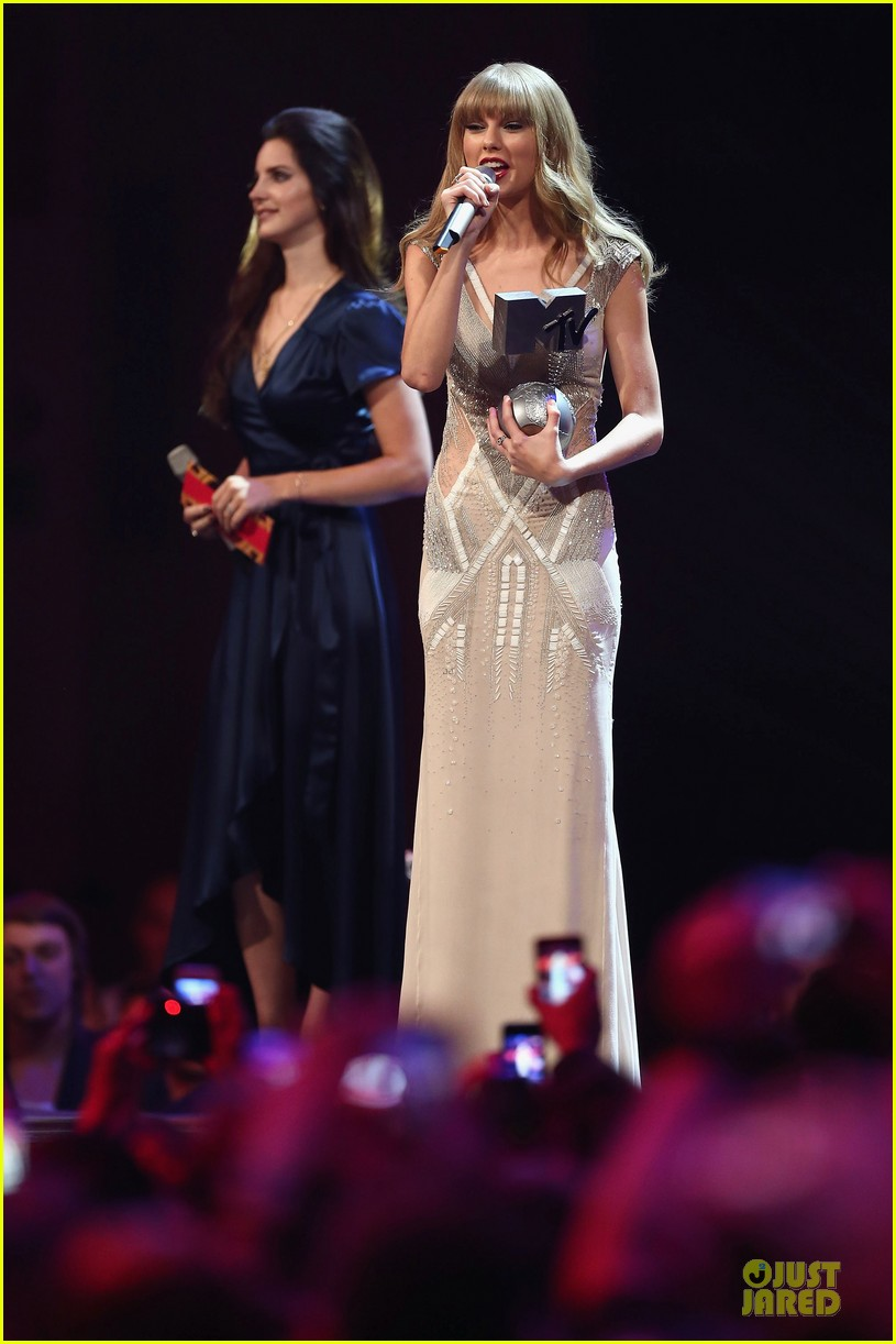 taylor swift mtv emas performance watch now 06