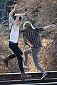 taylor swift piggy back ride on i knew you were trouble set 17