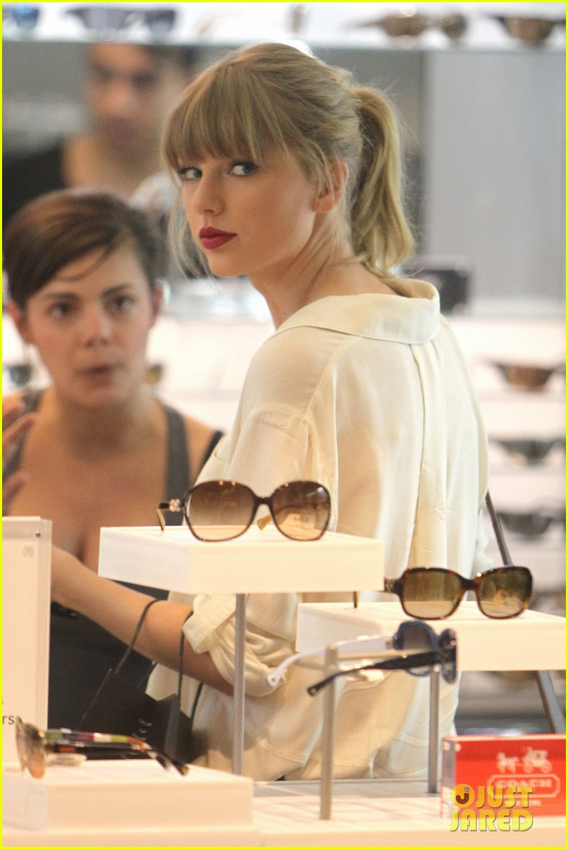 taylor swift shopping in sydney 072763584