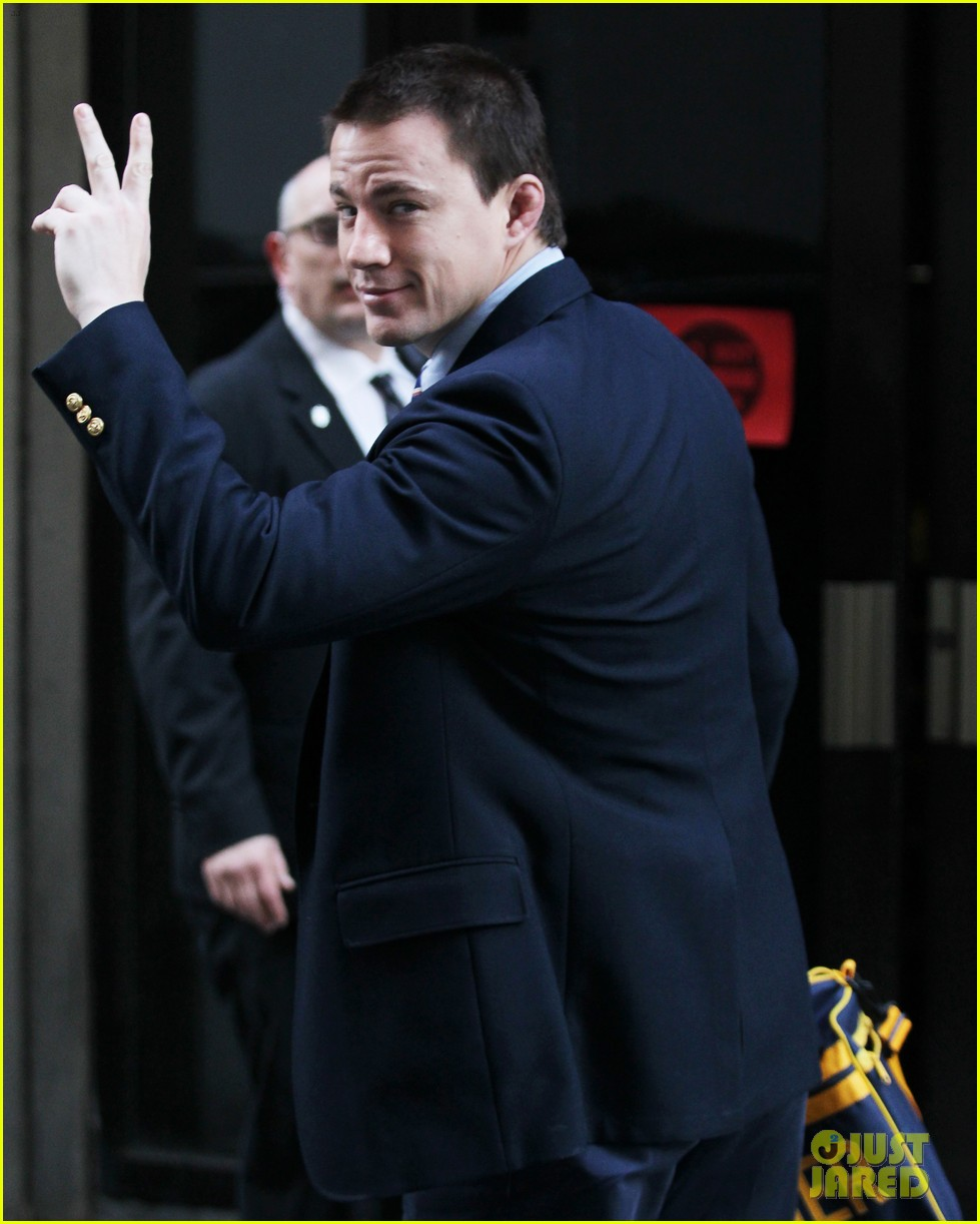 channing tatum sexiest man alive issue performs well 092761441
