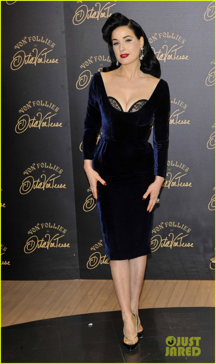 dita von teese von follies lingerie launch 022765168