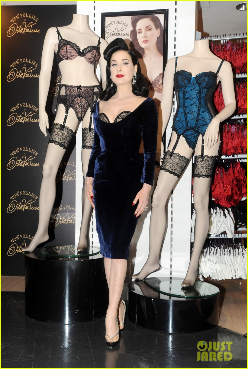 dita von teese von follies lingerie launch 08