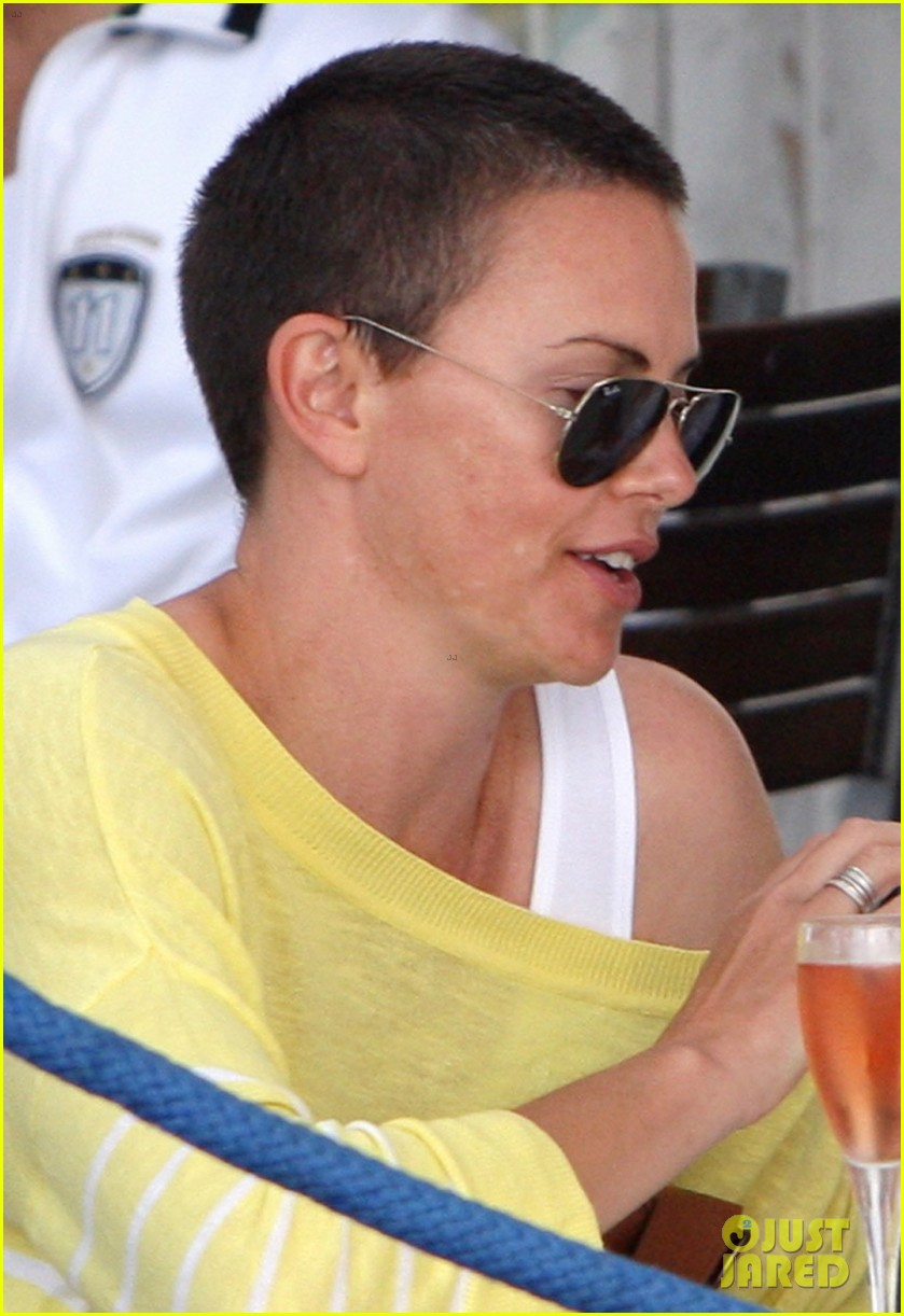 charlize theron shaved head in south africa 022760666