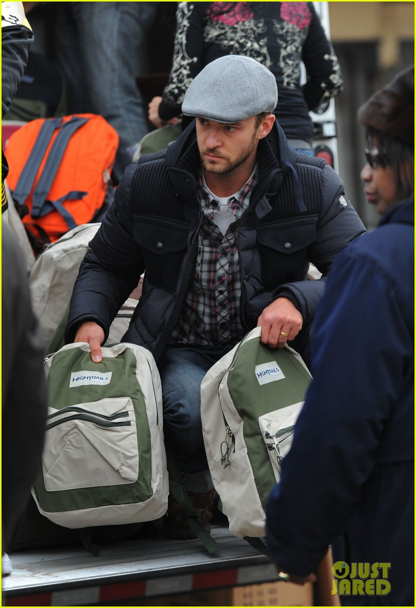 justin timberlake jessica biel hurricane sandy relief workers 062754998