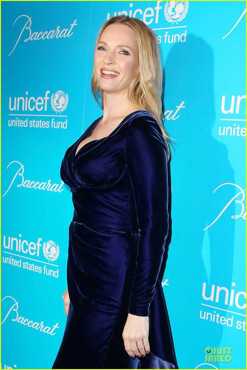 uma thurman kate mara unicef snowflake ball 072764964