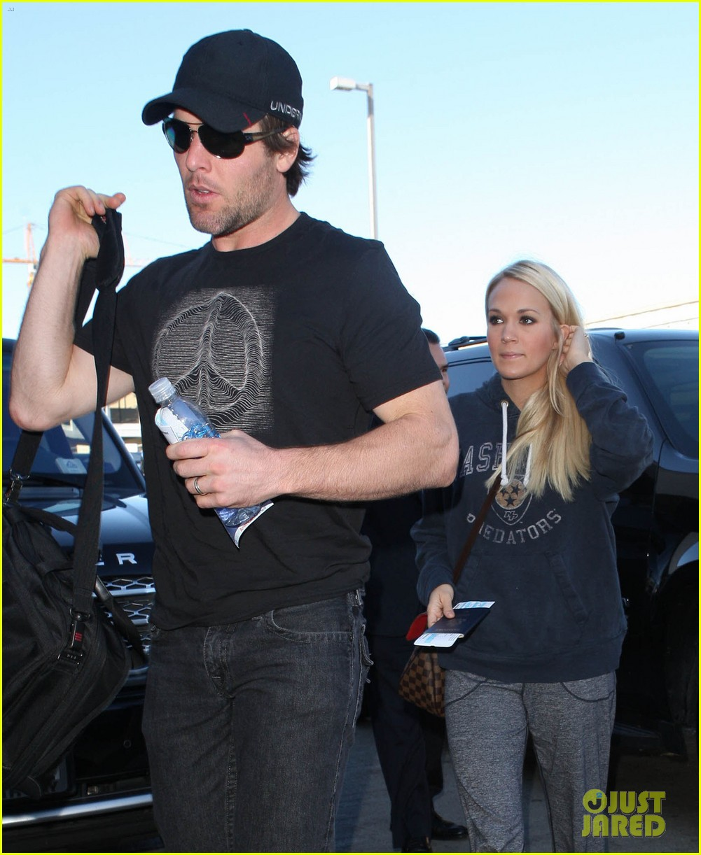 carrie underwood mike fisher st louis tour stop 062761418