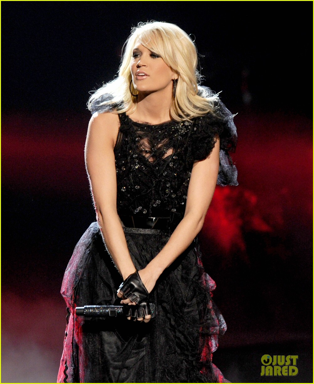 carrie underwood amas performance 012760421