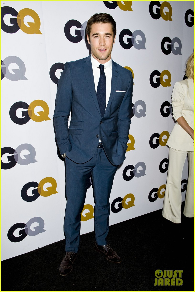 emily vancamp krysten ritter 2012 gq men of the year party 112757322
